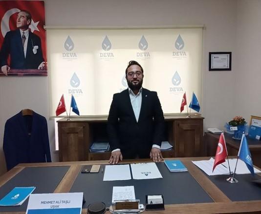 Deva Partisi Uşak İl Bşk M. Ali Taşlı Haftalık Basın Açıklamasını Gerçekleştirdi...